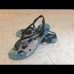 Havaianas Luna sandals - blue flowers